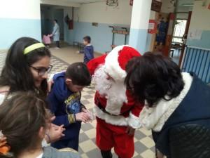 babbo-natale-alla-scuola-sanzio-2016-13