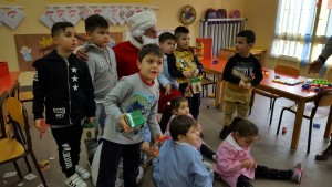 babbo-natale-alla-scuola-sanzio-2016-9